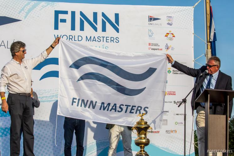 Beachside opening launches near record Finn World Masters at El Balís